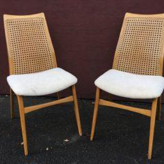 Einfach mal 5 Stühle